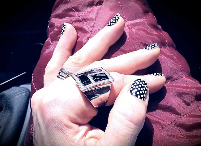 """Ongles pour une soirée thème """"noir et blanc"""""""