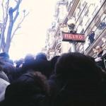 Marche Républicaine - Sortie du métro à Paris
